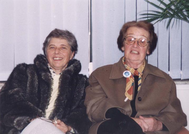 Glaci Theresinha Zancan e Carolina Martuscelli Bori, em 1999.