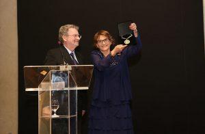 A Academia Brasileira de Ciências (ABC) homenageou Helena Nader por sua brilhante carreira e firme posição em defesa da ciência brasileira. Foto: Ricardo Fonseca