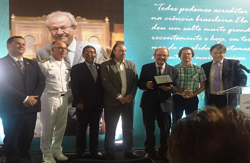 Grande nome da matemática brasileira, Jacob Palis é homenageado na Semana Nacional de C&T, em Brasília.