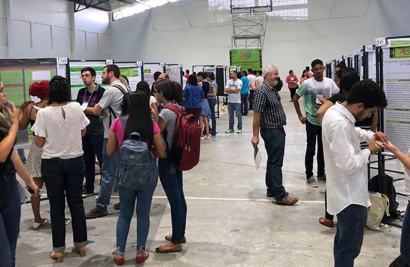 Sessão de Pôsteres é uma das atividades da Reunião Regional da SBPC em Rio Verde