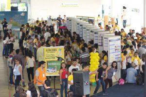 1ª Feira de Ciências das escolas públicas municipais de Sobral, atividade que reuniu 131 equipes nos dias 28 e 29 de março no Centro de Convenções, onde se realizava o evento da SBPC