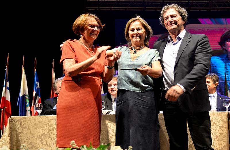Funcionária da SBPC há 45 anos, Eunice Maria Fernandes Personini foi uma das homenageadas na cerimônia de abertura da 71ª Reunião Anual. Foto: Jardel Rodrigues/SBPC