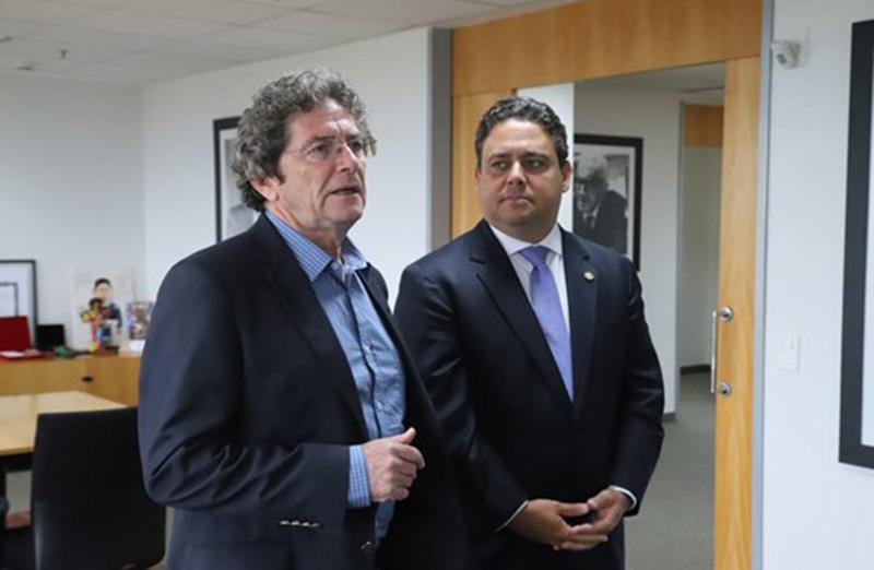 O presidente nacional da OAB, Felipe Santa Cruz, recebeu em 4 de fevereiro o presidente da SBPC, Ildeu de Castro Moreira. Eles debateram a importância da ciência na defesa do avanço e do desenvolvimento educacional e cultural do Brasil. (Foto: OAB Nacional)