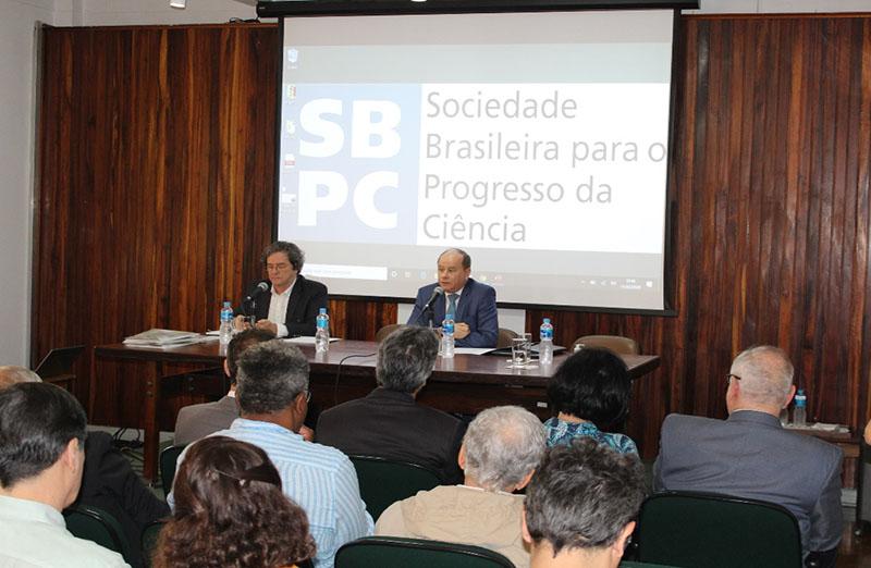Dirigentes do CNPq, Capes e Finep participaram do Fórum das Sociedades Científicas Afiliadas à SBPC, realizado na quarta-feira, 11 de março, e discutiram as estratégias e planos para o ano de 2020. Benedito Aguiar, presidente da Capes. (foto: SBPC)